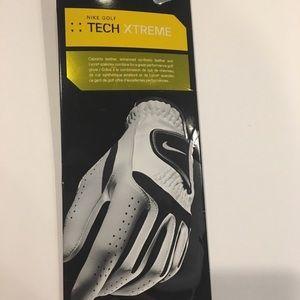 NIKE Golf Tech Extrême Women's Left Glove Size S